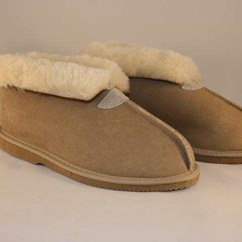Mandic Shoes